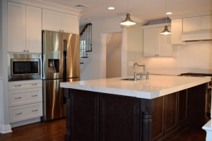 Kitchen island legs in Ridgewood, NJ